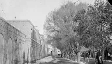 خیابان ناصر خسرو(آنتوان سوروگین)