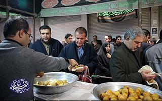 نذر-سیب-زمینی-و-توزیع-آن-در-بازار-تهران_تهران-شناسی